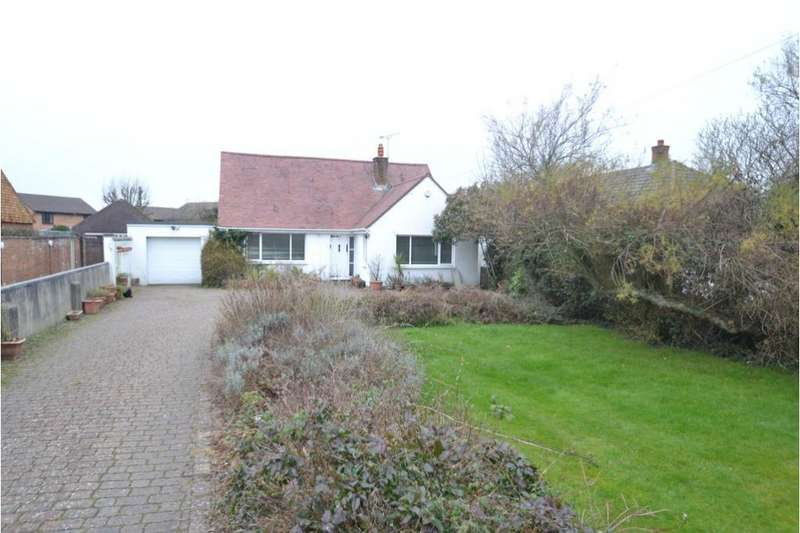 3 Bedrooms Detached Bungalow for sale in NOTTAGE MEAD, NOTTAGE, PORTHCAWL, CF36 3SA