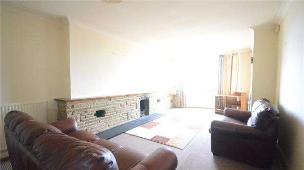4 Bedrooms Semi Detached House for sale in Rydal Avenue, Tilehurst, Reading