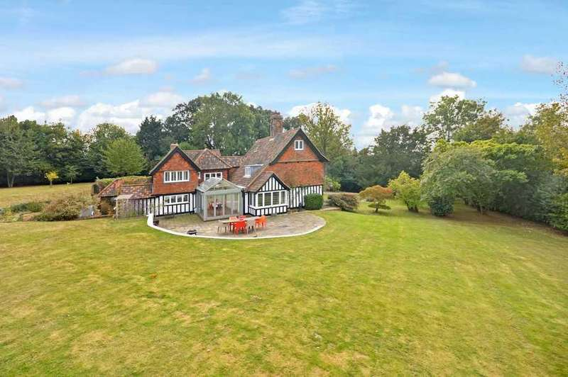 5 Bedrooms Detached House for sale in Rye Foreign, TN31