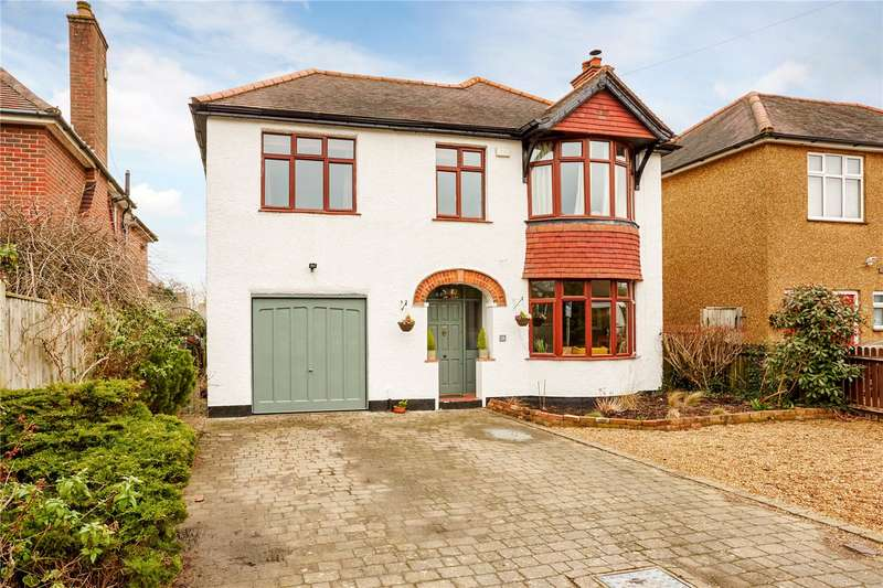 4 Bedrooms Detached House for sale in Court Road, Caterham, Surrey, CR3