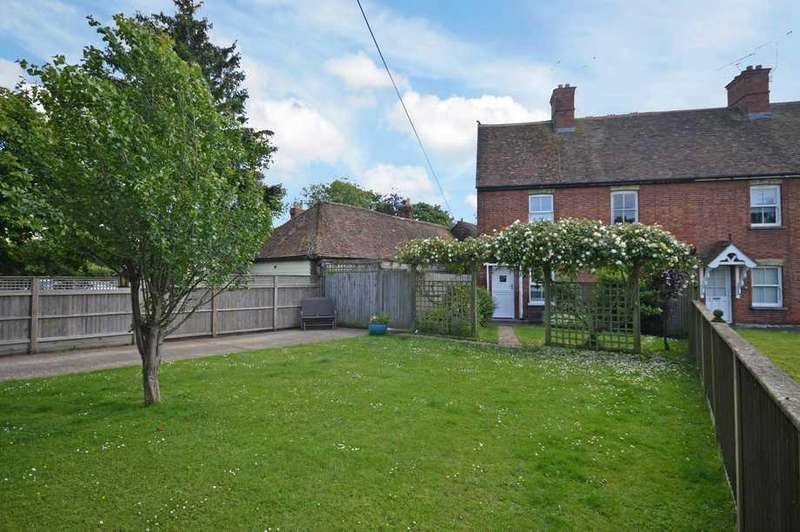 3 Bedrooms End Of Terrace House for sale in Mersham, TN25