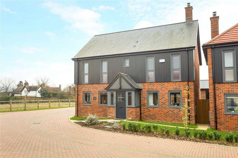 5 Bedrooms Detached House for sale in Newark Court, Ladywell Close, Gloucester