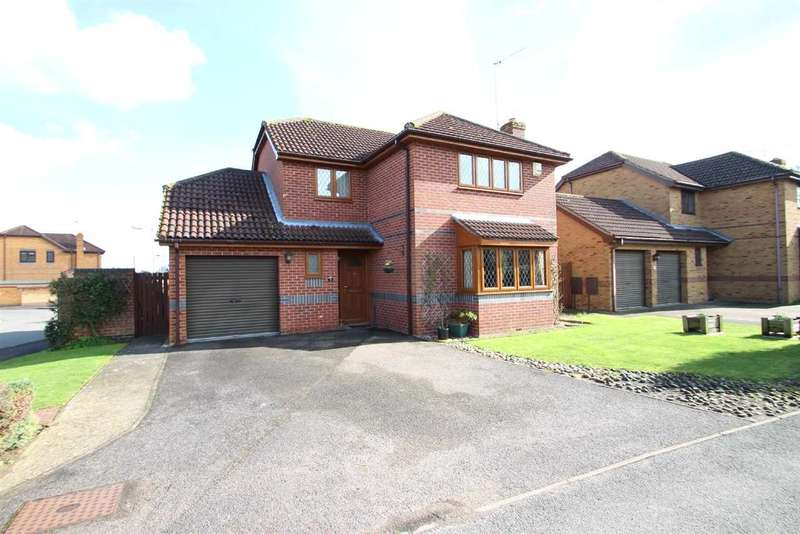 4 Bedrooms Detached House for sale in Sewell Wontner Close, Kesgrave, Ipswich