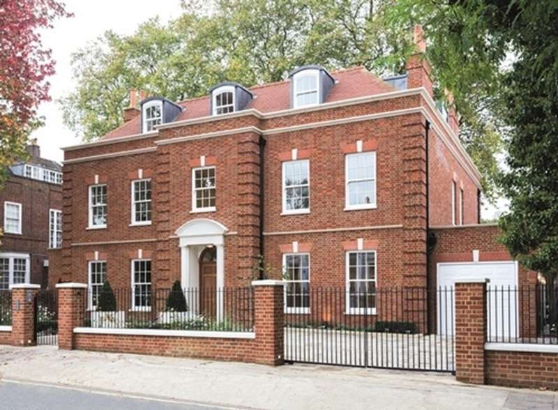 6 Bedrooms House for sale in Acacia Road, London. NW8