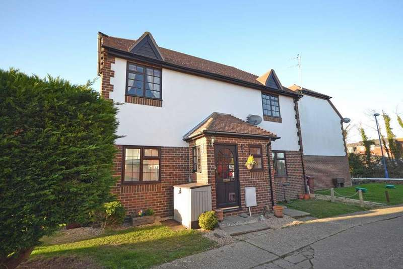 2 Bedrooms Flat for sale in East Street, Selsey, PO20