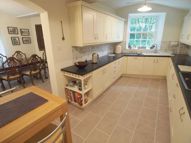 4 Bedrooms Link Detached House for sale in Slack Lane, Little Hayfield, High Peak, Derbyshire, SK22 2NJ