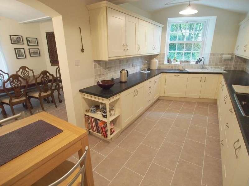 4 Bedrooms House for sale in Slack Lane, Little Hayfield, High Peak, Derbyshire, SK22 2NJ