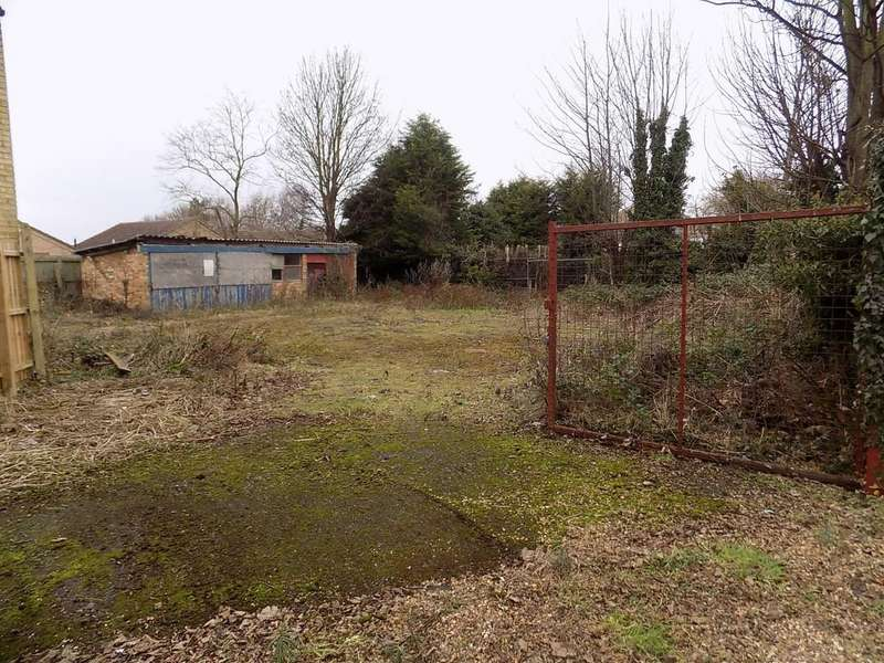 Land Commercial for sale in Gas Road, March