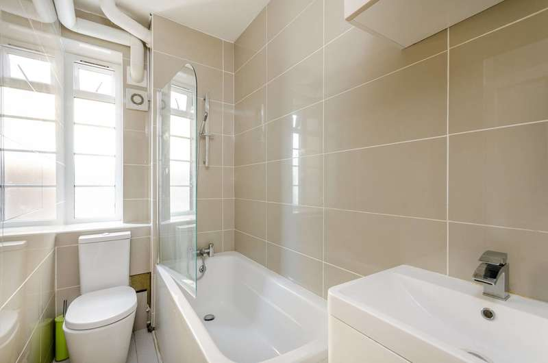 Studio Flat for sale in Brixton Hill, Brixton Hill, SW2