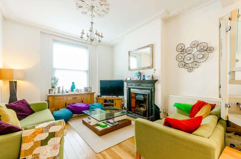 3 Bedrooms Maisonette Flat for sale in Windsor Road, Upper Holloway, N7