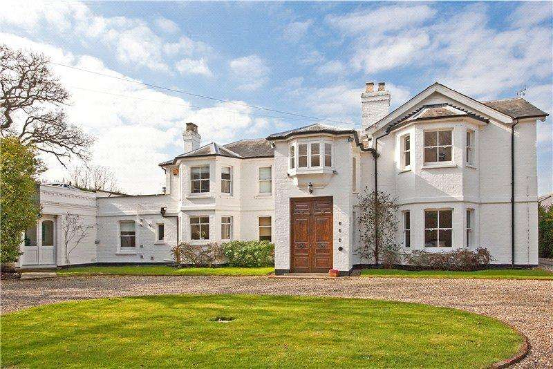 5 Bedrooms Detached House for sale in Drift Road, Winkfield, Windsor, Berkshire, SL4