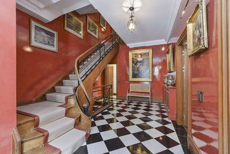 6 Bedrooms House for sale in Gloucester Square, London, W2