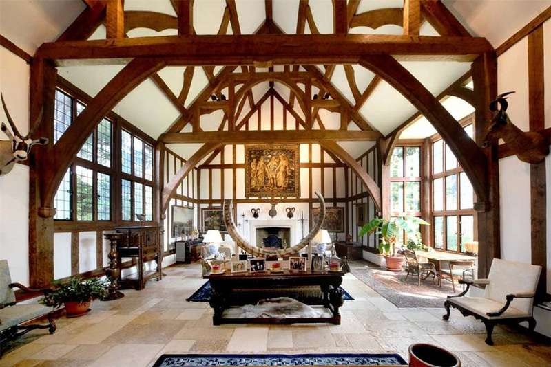 8 Bedrooms Detached House for sale in Camp End Road, St George's Hill, Weybridge, Surrey, KT13