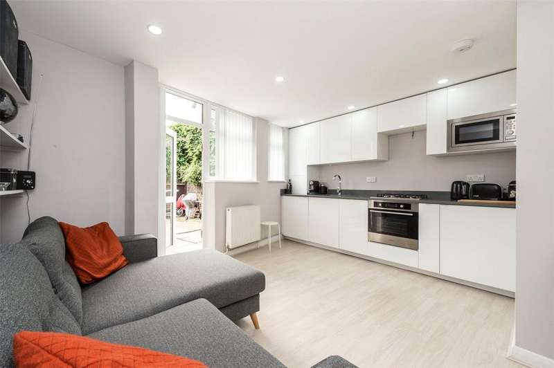 1 Bedroom Flat for sale in Wix's Lane, London, SW4
