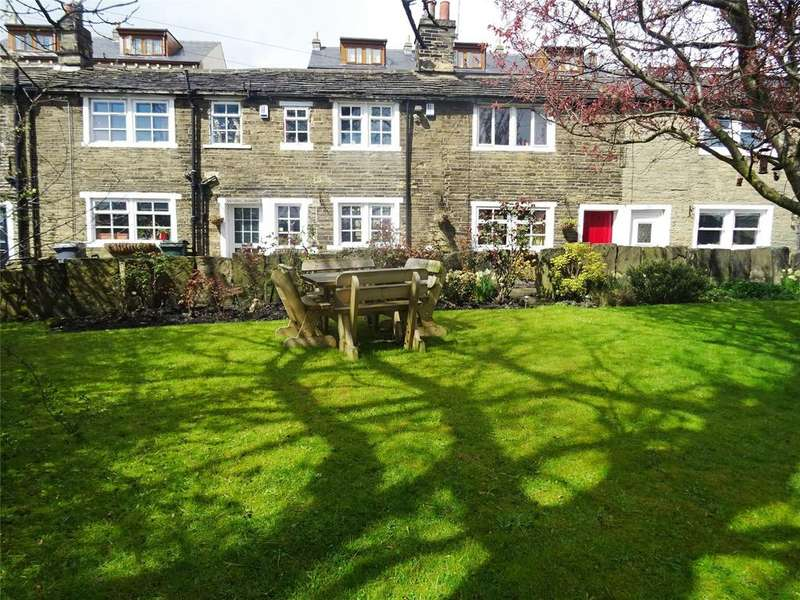 3 Bedrooms Terraced House for sale in Toller Lane, Bradford, West Yorkshire, BD8