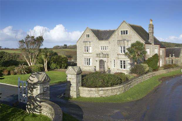 6 Bedrooms Detached House for sale in Sithney, Helston, Cornwall