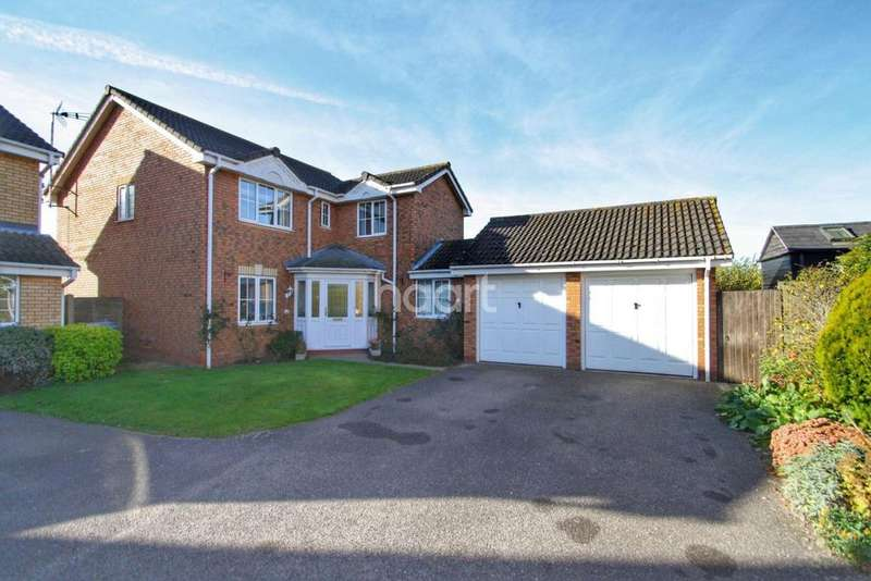 4 Bedrooms Detached House for sale in Browning Road, Brantham, Manningtree, Essex