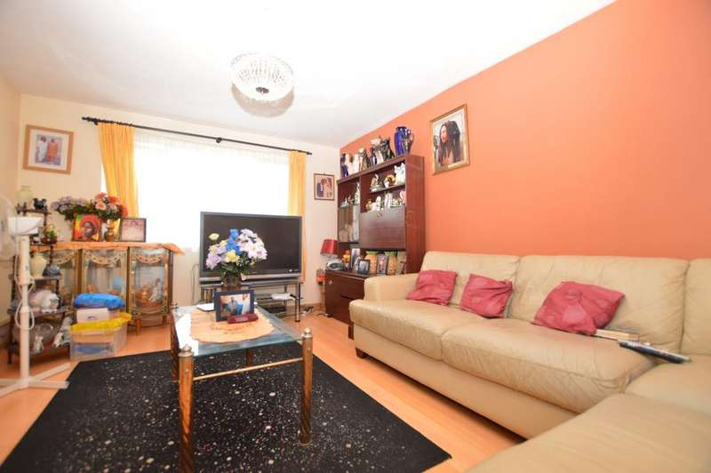 4 Bedrooms Terraced House for sale in Clifton Way Peckham SE15