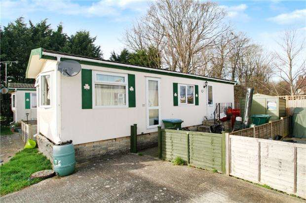 1 Bedroom Mobile Home for sale in Orchard Park, Worthing Road, Rustington, West Sussex, BN16