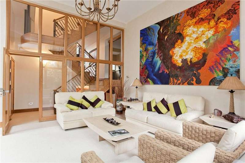 5 Bedrooms Detached House for sale in Strathray Gardens, Belsize Park, London, NW3