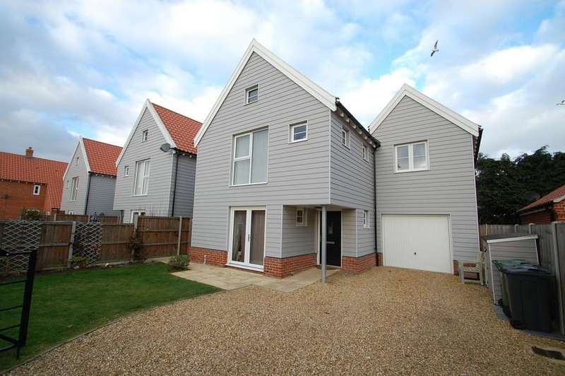 4 Bedrooms Detached House for sale in Ron Fielder Close, Salhouse