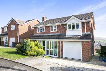 4 Bedrooms Detached House for sale in Lantern View, New Mills, High Peak, Derbyshire