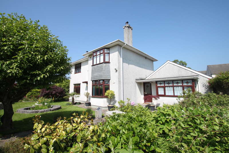 3 Bedrooms House for sale in Beacon Park, Plymouth