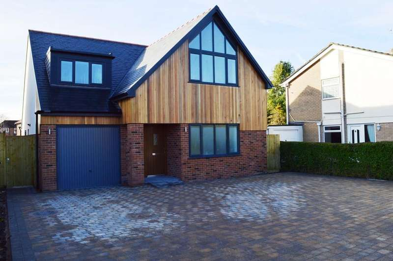 4 Bedrooms Detached House for sale in Palace Hay, Neston,