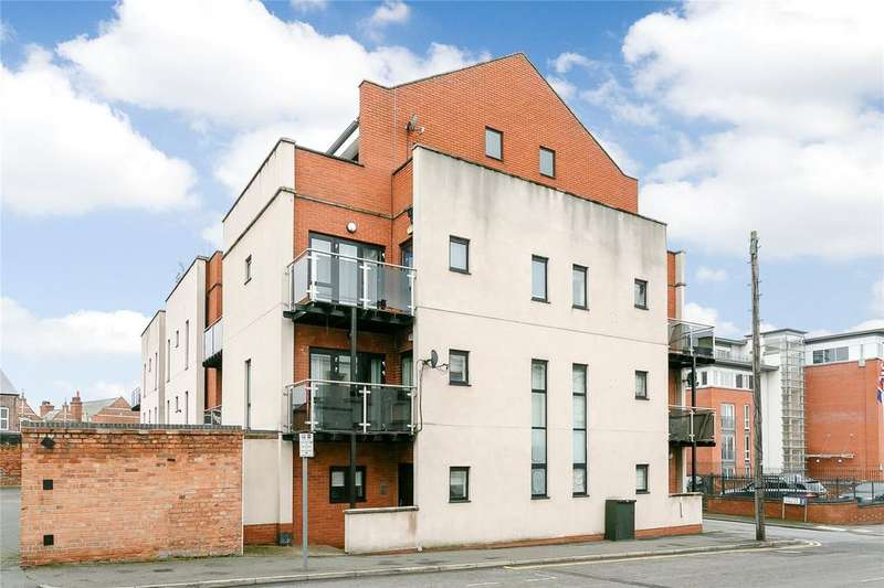 2 Bedrooms Flat for sale in The Pinnacle, The Ropewalk, Nottingham, Nottinghamshire, NG1