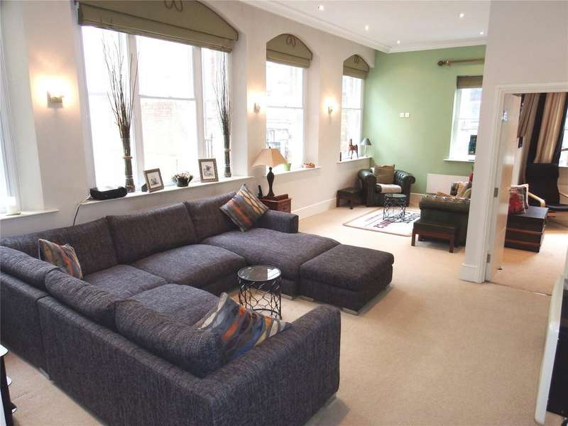 2 Bedrooms Flat for sale in 19 Wellington Street, Leeds, West Yorkshire, LS1