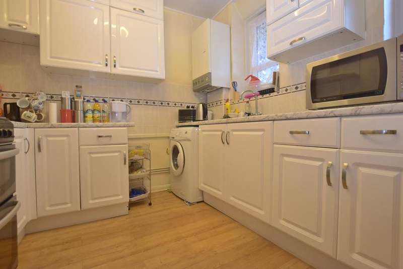 2 Bedrooms Flat for sale in Lilford Road Camberwell SE5