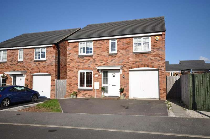 4 Bedrooms Detached House for sale in The Fields, Rainworth