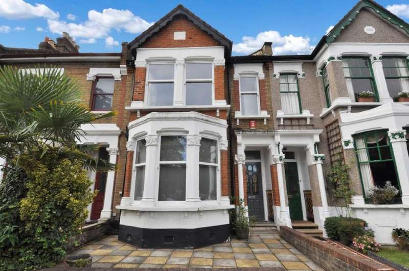 4 Bedrooms Terraced House for sale in Spratt Hall Road, London