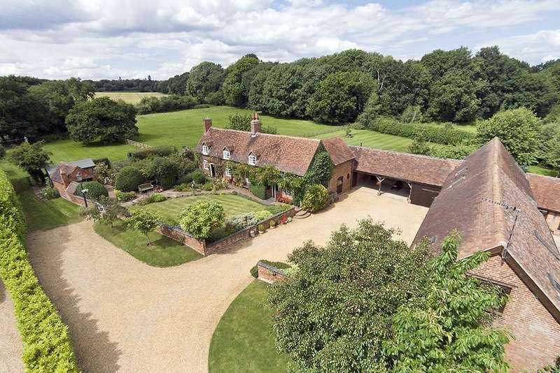 4 Bedrooms Farm House Character Property for sale in Kingshill Lane, Near Stoneleigh