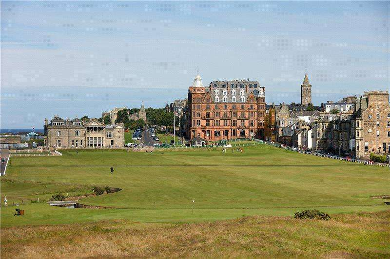 2 Bedrooms Penthouse Flat for sale in Hamilton Grand, 21 Golf Place, St. Andrews, Fife, KY16