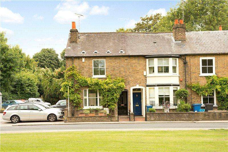 3 Bedrooms End Of Terrace House for sale in Kings Road, Windsor, Berkshire, SL4