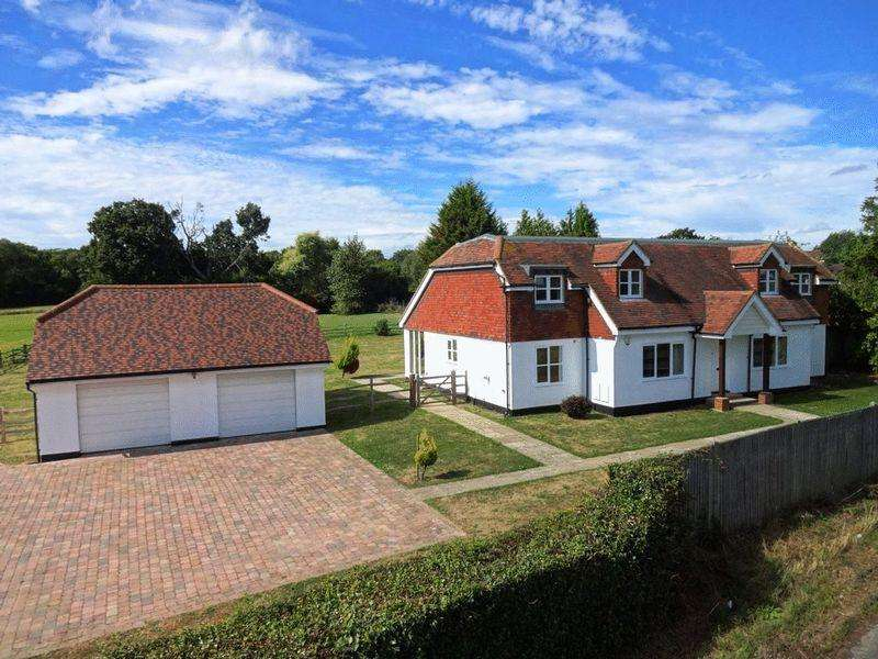 5 Bedrooms Detached House for sale in Furnace Lane, Brenchley