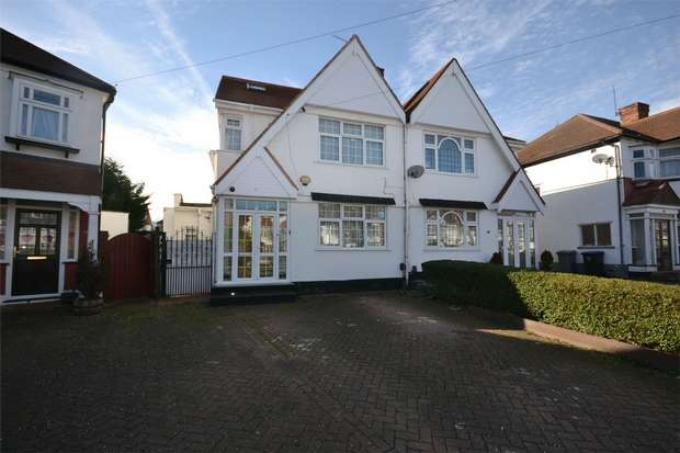 4 Bedrooms Detached House for sale in West Court, WEMBLEY, Middlesex