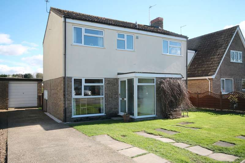 4 Bedrooms Detached House for sale in St Andrews Close, Isleham, CB7 5TB