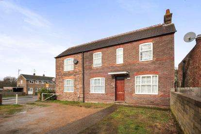 1 Bedroom Flat for sale in High Street Leagrave, Luton, Bedfordshire, Leagrave