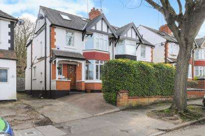 4 Bedrooms Semi Detached House for sale in Hollickwood Avenue, London