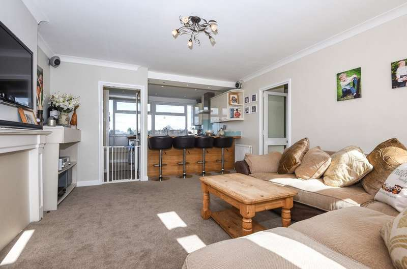 2 Bedrooms Flat for sale in Mottingham Lane, London