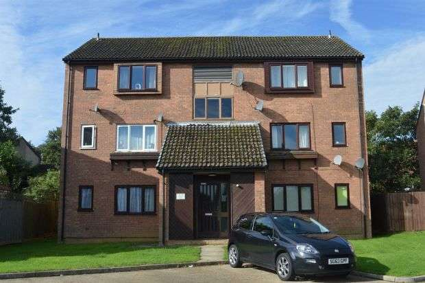 1 Bedroom Flat for sale in Chedworth Close, Ecton Brook, Northampton NN3 5HW