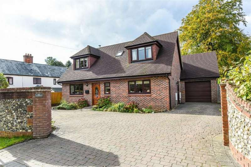 4 Bedrooms Detached House for sale in Boyneswood Road, Medstead