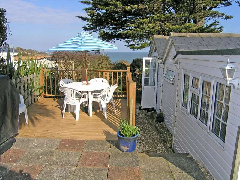 2 Bedrooms Mobile Home for sale in Sandhills, Whitecliff Bay, Bembridge, Isle of Wight, PO35 5QB