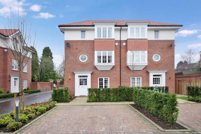 4 Bedrooms Semi Detached House for sale in Brockley Square, Grove Avenue, Wilmslow