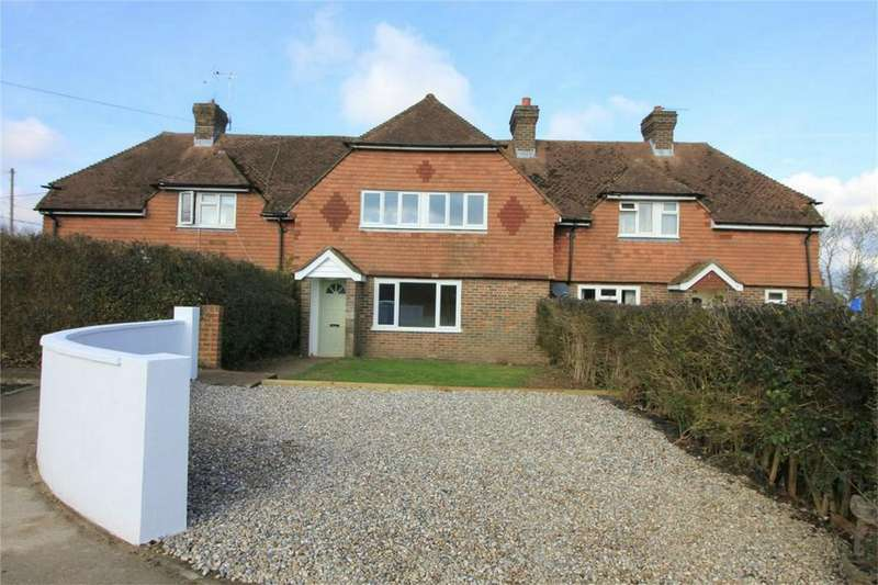 4 Bedrooms Terraced House for sale in Marley Rise, BATTLE, East Sussex