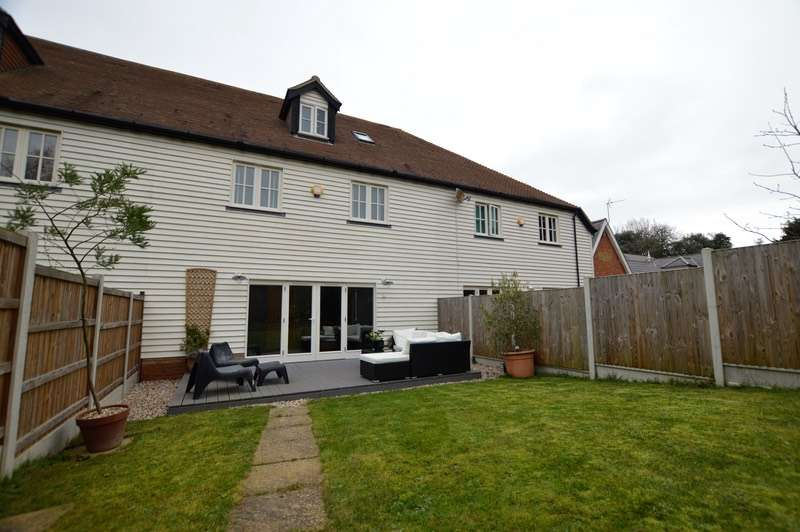 5 Bedrooms Terraced House for sale in Gardners Close, Canterbury, Kent, CT3