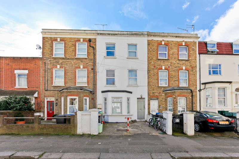 3 Bedrooms Flat for sale in Rucklidge Avenue, Harlesden