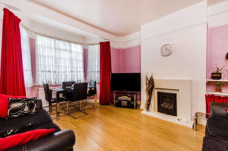 2 Bedrooms Flat for sale in Blackheath Village, Blackheath, SE3